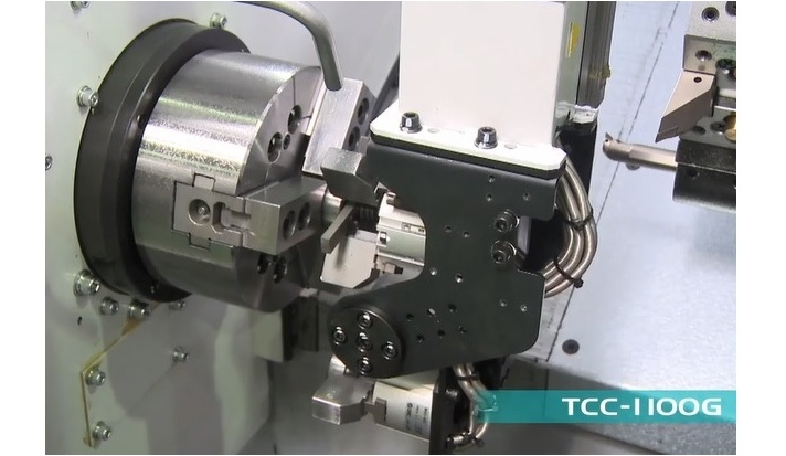 AUTOMATION IN MACHINING: GANTRY LOADER IN TAKISAWA LATHES